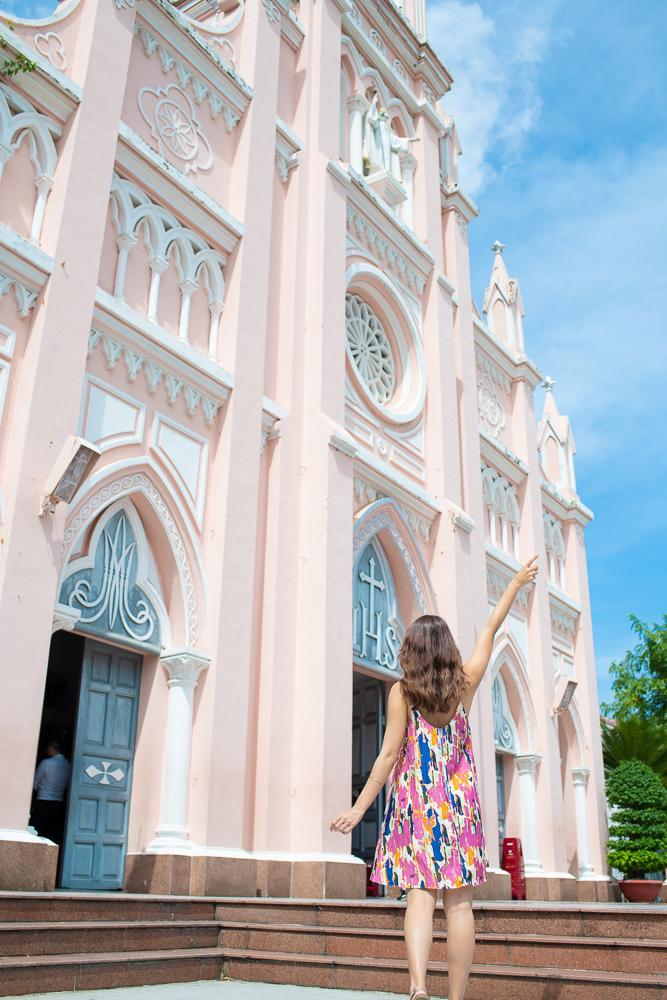峴港粉紅教堂