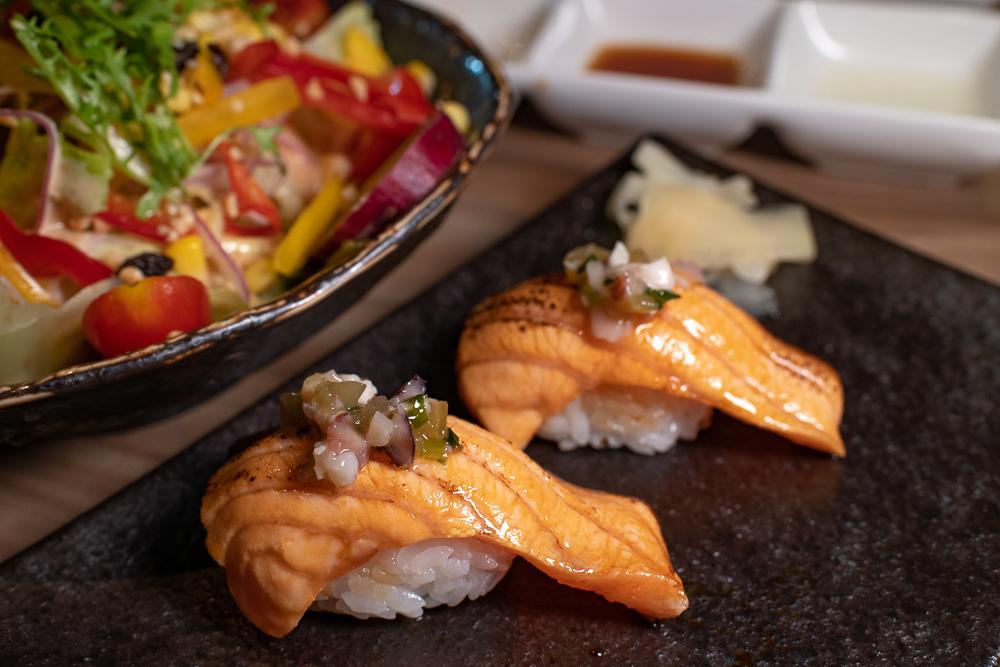 鮭魚炙壽司