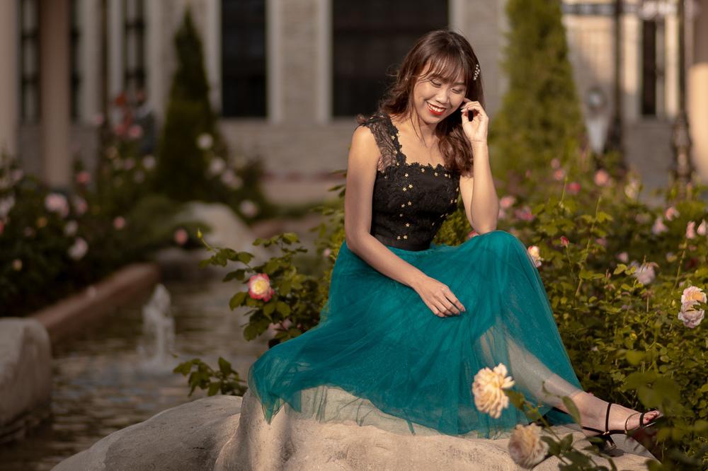 iROO 藍綠色網紗裙洋裝