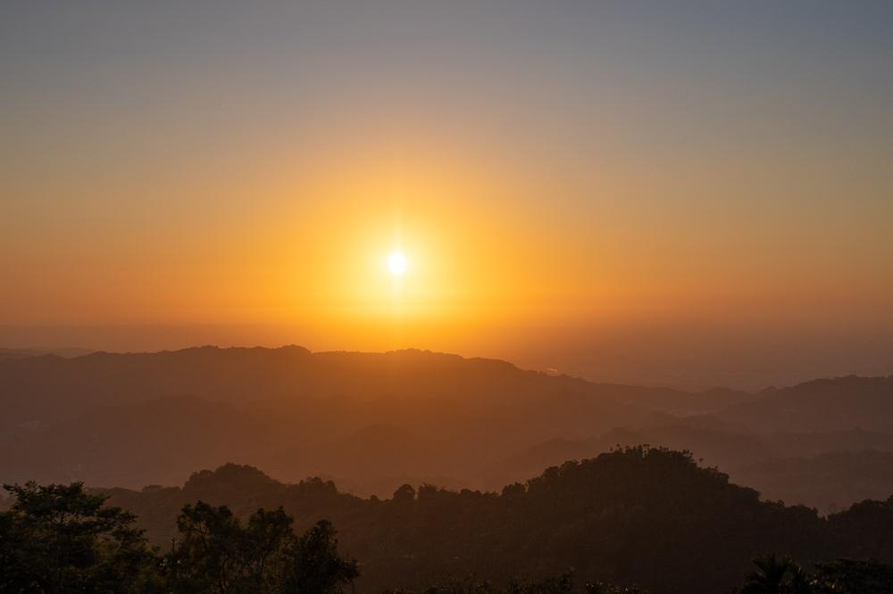 酒桶山法蝶夕陽