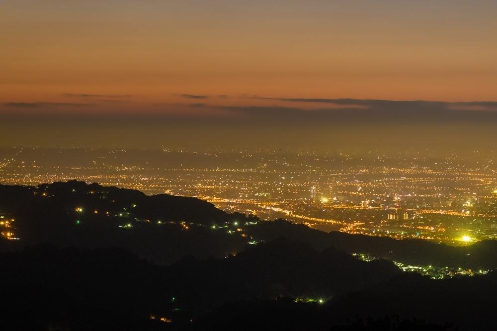 酒桶山法蝶夜景